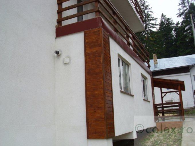 Apartament vanzare Busteni 3 camere, suprafata utila 77 mp, 2 grupuri sanitare. 65.000 euro negociabil. Etajul 1. Apartament Semicentral Busteni  Prahova