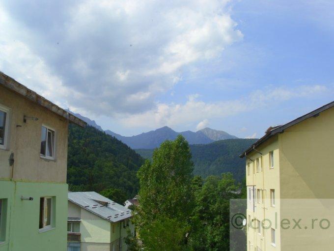 Apartament de vanzare in Azuga cu 3 camere, cu 1 grup sanitar, suprafata utila 47 mp. Pret: 45.000 euro negociabil.