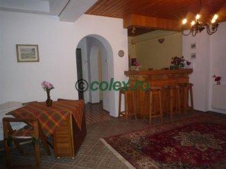 inchiriere apartament cu 3 camere, decomandat, in zona Centru, orasul Sinaia