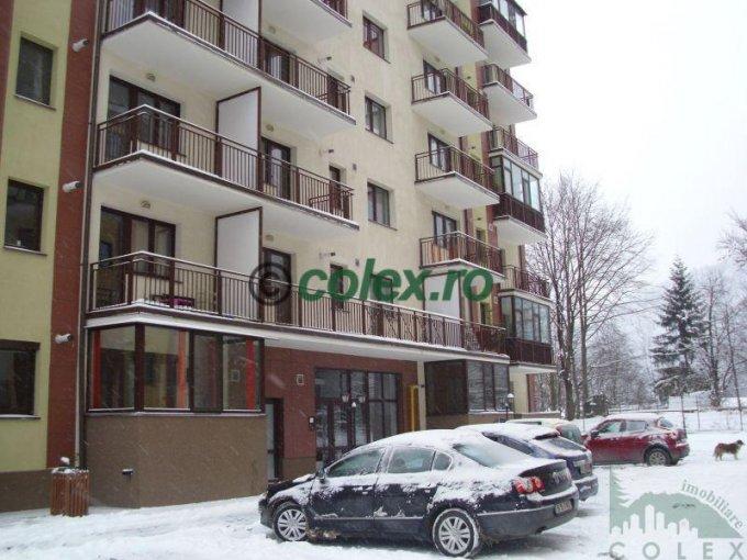 vanzare Apartament Sinaia cu 3 camere, cu 2 grupuri sanitare, suprafata utila 88 mp. Pret: 105.000 euro negociabil.
