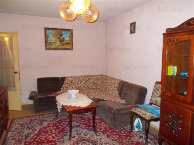Apartament vanzare 9 Mai cu 3 camere, etajul 2 / 4, 1 grup sanitar, cu suprafata de 56 mp. Ploiesti, zona 9 Mai.