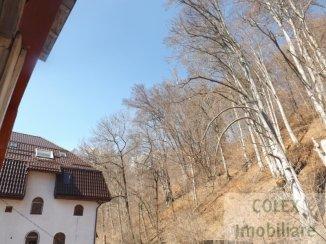 Prahova Busteni, zona Cezar Petrescu, apartament cu 3 camere de vanzare