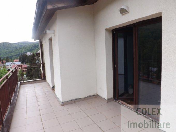 vanzare Apartament Sinaia cu 3 camere, cu 1 grup sanitar, suprafata utila 77 mp. Pret: 60.000 euro negociabil.