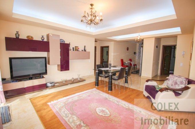 Apartament de vanzare direct de la agentie imobiliara, in Busteni, in zona Cezar Petrescu, cu 110.000 euro negociabil. 2 grupuri sanitare, suprafata utila 96 mp.