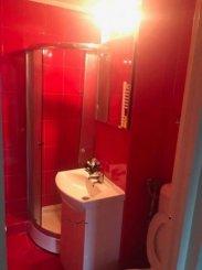 vanzare apartament cu 3 camere, decomandat, in zona 1 Mai, orasul Sinaia