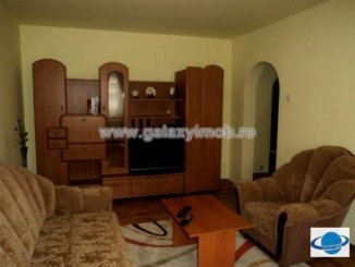 agentie imobiliara inchiriez apartament decomandata, in zona Ultracentral, orasul Ploiesti
