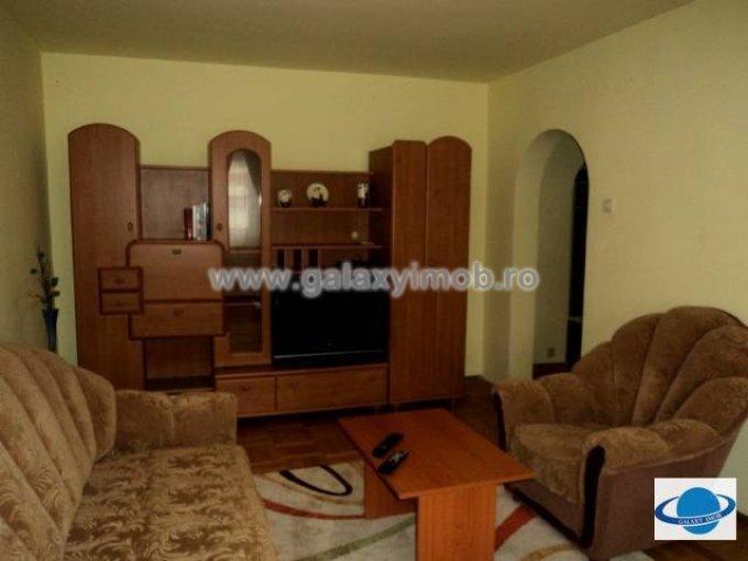 inchiriere apartament cu 3 camere, decomandata, in zona Ultracentral, orasul Ploiesti
