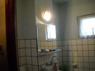 agentie imobiliara inchiriez apartament decomandat, in zona 9 Mai, orasul Ploiesti