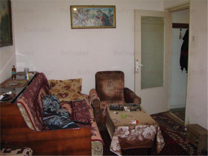 vanzare apartament decomandat, zona Malu Rosu, orasul Ploiesti, suprafata utila 50 mp