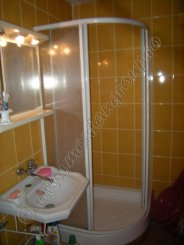Apartament cu 3 camere de vanzare, confort 2, Busteni Prahova