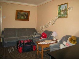 vanzare apartament decomandata, orasul Azuga, suprafata utila 45 mp