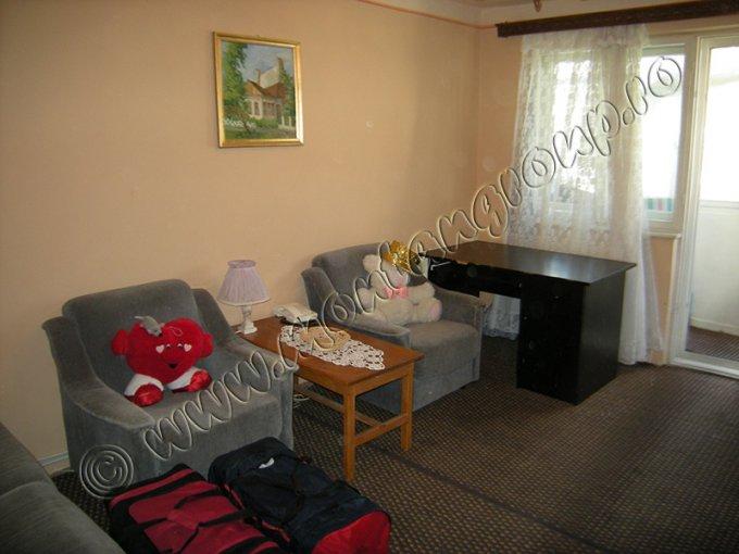 Apartament cu 3 camere de vanzare, confort 2, Azuga Prahova
