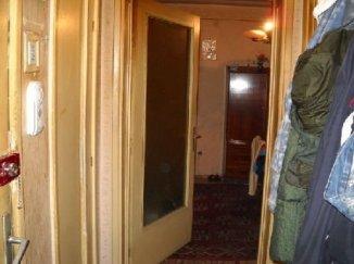 agentie imobiliara inchiriez apartament semidecomandat, in zona Democratiei, orasul Ploiesti