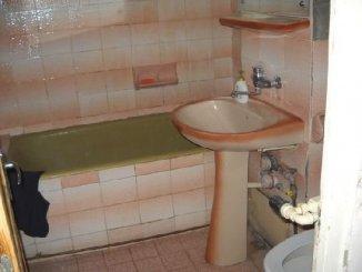 agentie imobiliara vand apartament decomandat, in zona Cantacuzino, orasul Ploiesti