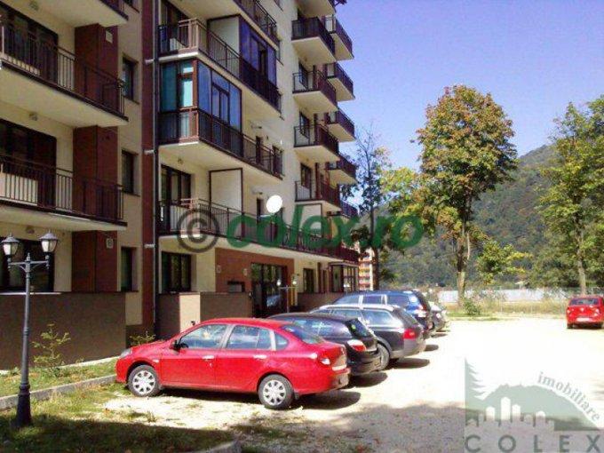 vanzare Apartament Sinaia cu 3 camere, cu 2 grupuri sanitare, suprafata utila 88 mp. Pret: 75.000 euro negociabil.
