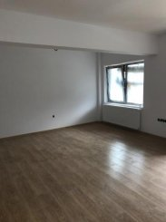 Apartament cu 3 camere de vanzare, confort Lux, zona Zamora,  Busteni Prahova