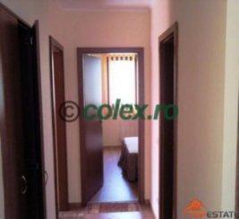 agentie imobiliara vand apartament decomandata, in zona Sud-Vest, orasul Sinaia