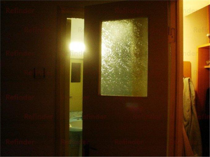 inchiriere apartament decomandat, zona Ultracentral, orasul Ploiesti, suprafata utila 80 mp