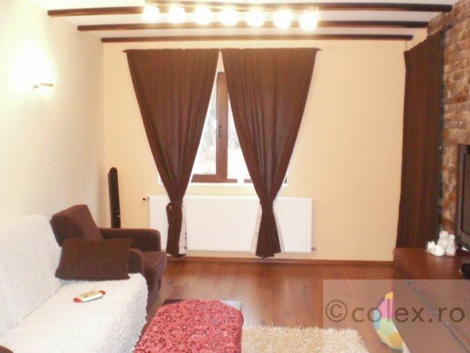 Apartament de vanzare in Busteni cu 4 camere, cu 3 grupuri sanitare, suprafata utila 123 mp. Pret: 135.000 euro negociabil.