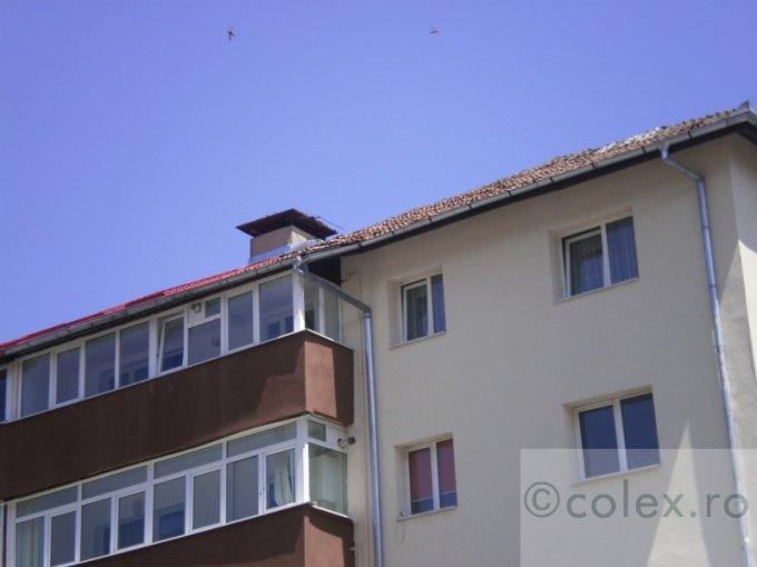 vanzare Apartament Busteni cu 4 camere, cu 2 grupuri sanitare, suprafata utila 117 mp. Pret: 85.000 euro negociabil.