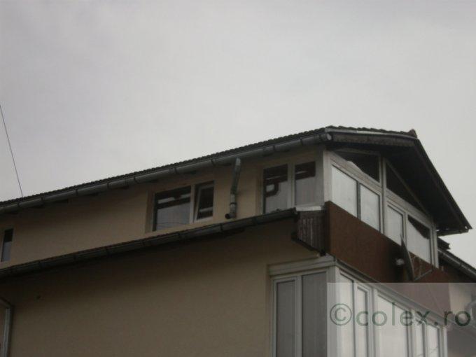 vanzare Apartament Busteni cu 4 camere, cu 1 grup sanitar, suprafata utila 97 mp. Pret: 58.000 euro negociabil.