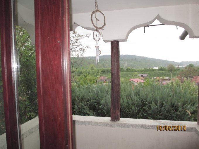 vanzare Casa Telega cu 4 camere, cu suprafata utila de 85 mp, 1 grup sanitar. 65.000 euro. Destinatie: Rezidenta, Vacanta.. Casa vanzare Telega  Prahova