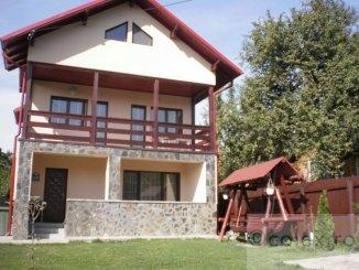 agentie imobiliara inchiriez Casa cu 7 camere, zona Semicentral, orasul Comarnic