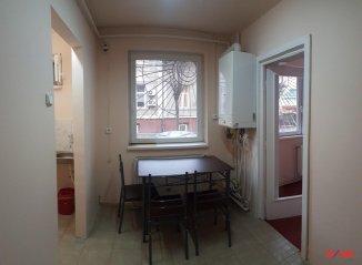 agentie imobiliara inchiriez apartament semidecomandat-circular, in zona Ultracentral, orasul Satu Mare