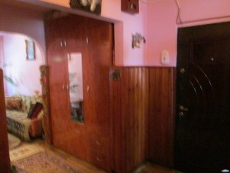 Apartament cu 3 camere de vanzare, confort 2, zona Micro 17,  Satu Mare