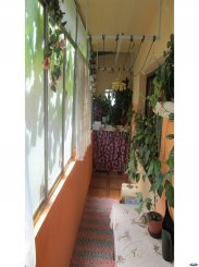 agentie imobiliara vand apartament decomandat, in zona Micro 17, orasul Satu Mare