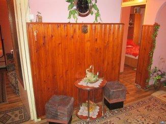 vanzare apartament decomandat, zona Micro 17, orasul Satu Mare, suprafata utila 70 mp