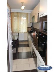 vanzare apartament cu 4 camere, decomandat, orasul Satu Mare