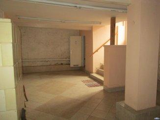 agentie imobiliara vand Casa cu 5 camere, zona Semicentral, orasul Satu Mare