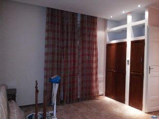 vanzare casa cu 8 camere, zona Ultracentral, orasul Satu Mare, suprafata utila 520 mp
