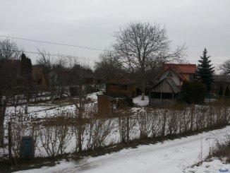 agentie imobiliara vand teren intravilan in suprafata de 790 metri patrati, amplasat in zona Bercu Rosu, orasul Satu Mare