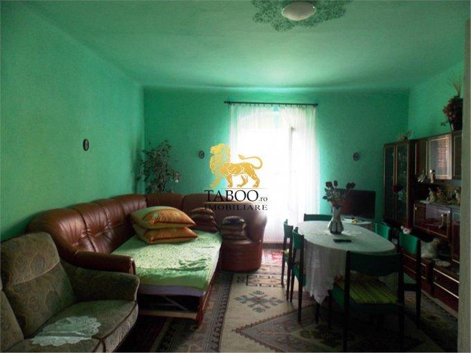 vanzare apartament semidecomandat, orasul Sibiu, suprafata utila 73 mp