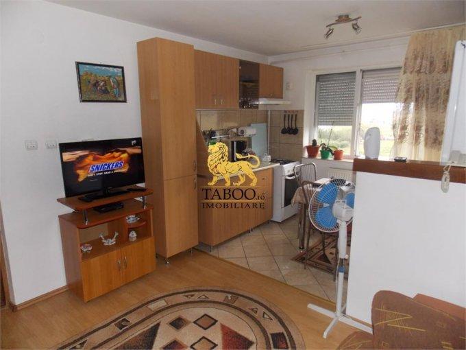 Apartament de vanzare direct de la agentie imobiliara, in Sibiu, in zona Ciresica, cu 29.900 euro. 1 grup sanitar, suprafata utila 34 mp.