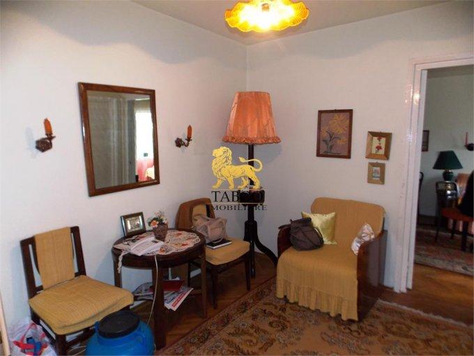 vanzare Apartament Sibiu cu 2 camere, cu 1 grup sanitar, suprafata utila 54 mp. Pret: 41.000 euro.