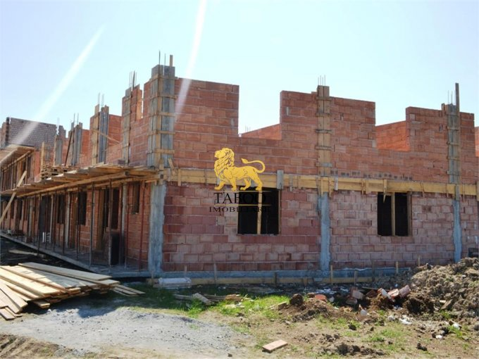 vanzare Apartament Sibiu cu 2 camere, cu 1 grup sanitar, suprafata utila 37 mp. Pret: 25.000 euro.