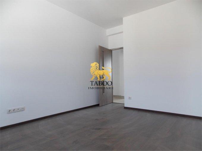 vanzare Apartament Sibiu cu 2 camere, cu 1 grup sanitar, suprafata utila 50 mp. Pret: 34.000 euro.