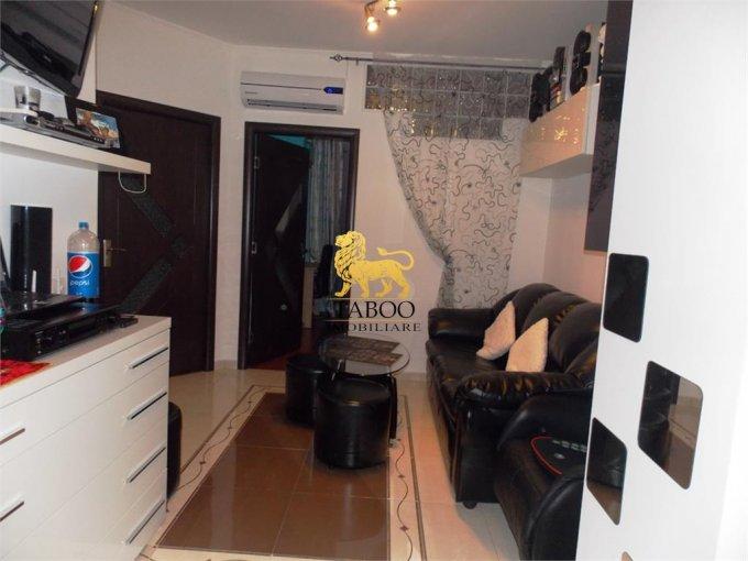 Apartament de vanzare direct de la agentie imobiliara, in Sibiu, in zona Broscarie, cu 32.000 euro. 1 grup sanitar, suprafata utila 45 mp.