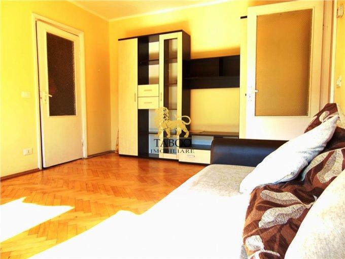 inchiriere Apartament Sibiu cu 2 camere, cu 1 grup sanitar, suprafata utila 55 mp. Pret: 220 euro.