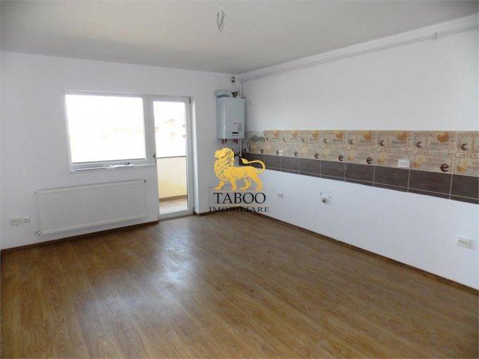 Apartament de vanzare in Sibiu cu 2 camere, cu 1 grup sanitar, suprafata utila 50 mp. Pret: 35.000 euro.