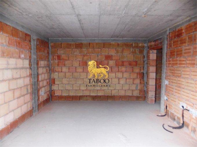 Apartament de vanzare in Sibiu cu 2 camere, cu 1 grup sanitar, suprafata utila 54 mp. Pret: 33.400 euro.
