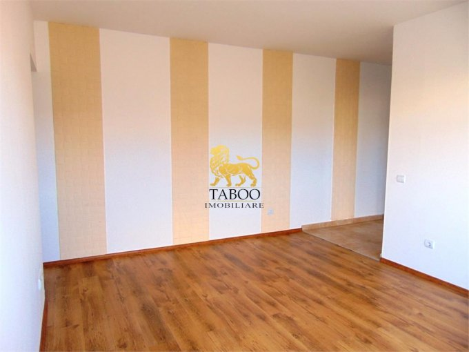 Apartament de vanzare direct de la agentie imobiliara, in Sibiu, in zona Calea Cisnadiei, cu 29.000 euro. 1 grup sanitar, suprafata utila 42 mp.