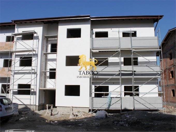 Apartament de vanzare direct de la agentie imobiliara, in Sibiu, in zona Calea Cisnadiei, cu 36.500 euro. 1 grup sanitar, suprafata utila 59 mp.