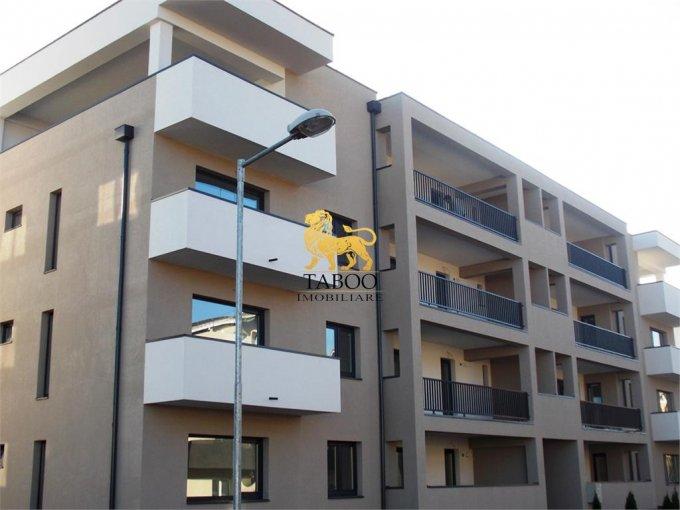 Apartament de vanzare direct de la agentie imobiliara, in Sibiu, in zona Calea Cisnadiei, cu 43.000 euro. 1 grup sanitar, suprafata utila 59 mp.