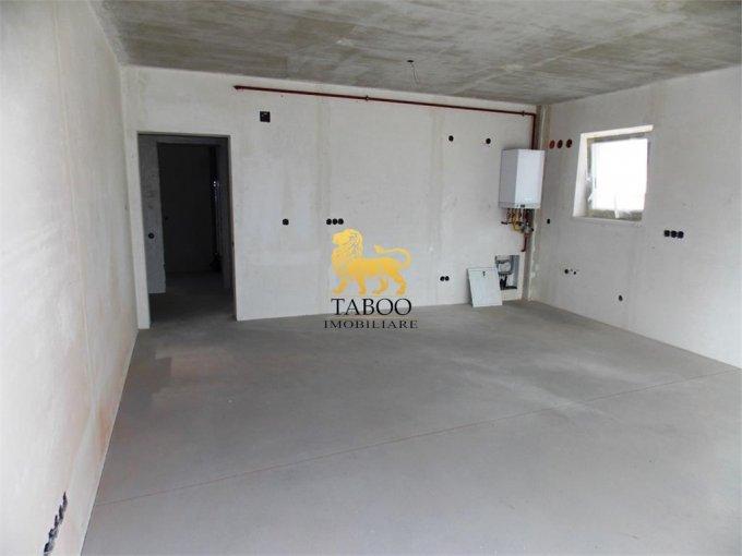 Apartament de vanzare direct de la agentie imobiliara, in Sibiu, in zona Calea Cisnadiei, cu 46.000 euro. 1 grup sanitar, suprafata utila 56 mp.