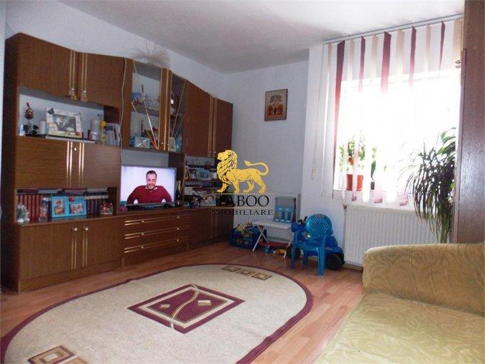 Apartament de vanzare direct de la agentie imobiliara, in Sibiu, cu 33.500 euro. 1 grup sanitar, suprafata utila 64 mp.