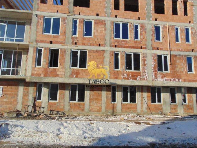 vanzare Apartament Sibiu cu 2 camere, cu 1 grup sanitar, suprafata utila 41 mp. Pret: 29.900 euro.